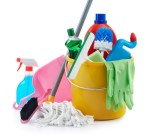 Day 2 Connection Icon: cleaning supplies